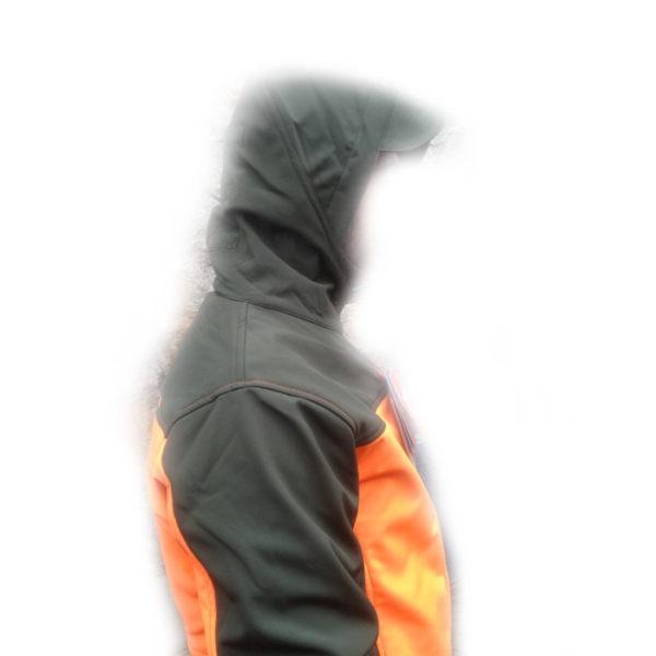 giacca softshell antivento vista laterale per dettaglio cappuccio