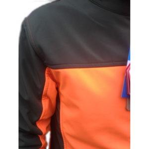 giacca softshell antivento foto ravvicinata