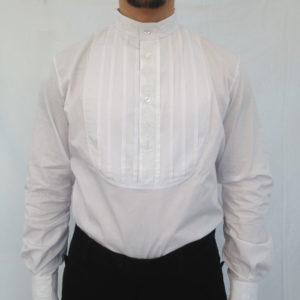 camicia stile sardo modello a bavaglio con ricamo nel girocollo nei bottoni e nei polsi