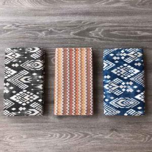 tre teli copritutto in fantasia per arredo della casa in cotone
